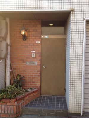 ドアをリニューアル